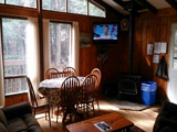 deluxe cottages have flat screens
