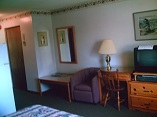 junior suite interior, inns parry sound, parry sound hotel, inn ontario