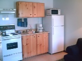 junior suite kitchen, sunny point resort inn, effiency inns ontario, parry sound hotel, hotels parry sound and hotels close to toronto